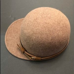 Accessories - Hat for women